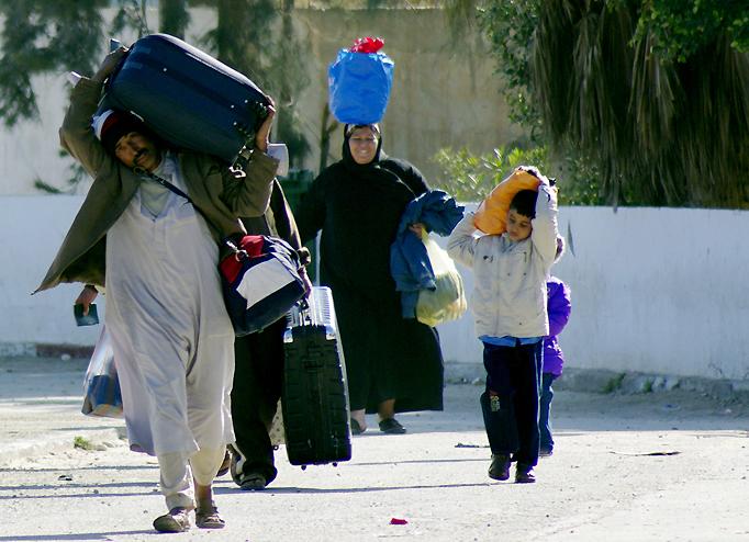 Fleeing-Libya