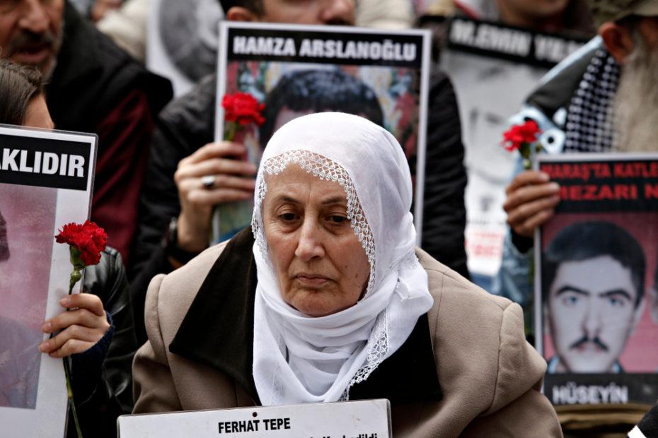 Madri-del-sabato-in-Turchia-alla-ricerca-di-giustizia