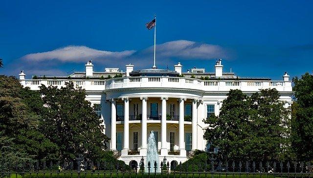 La Casa Bianca Foto di David Mark da Pixabay