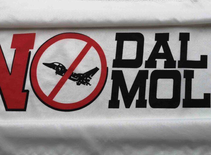 Bandiera No Dal Molin