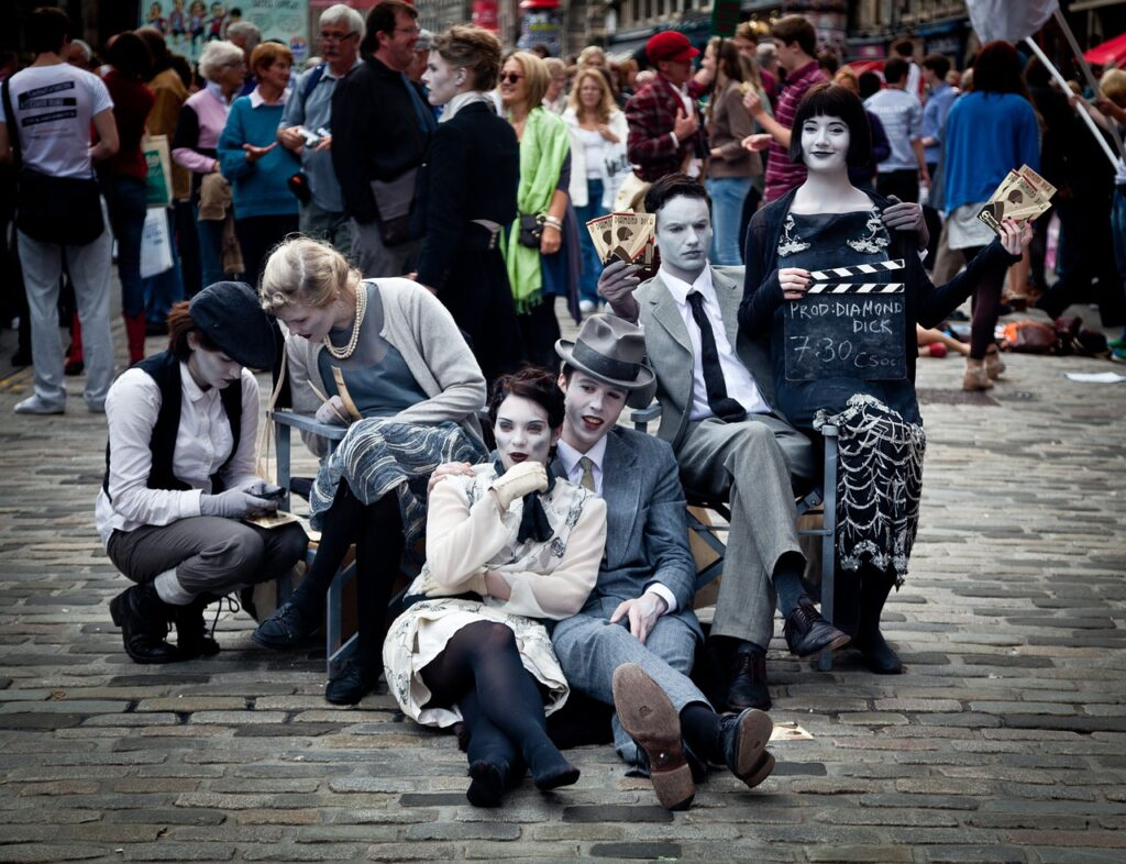 street performers_Foto di Luxstorm da Pixabay